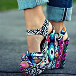 Steve Madden Winonna Floral Aztec wedge sandals